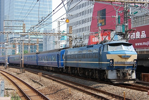 Ef6643_yurakucho0809