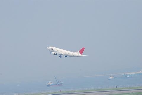 Jla300_hanedaairport0809