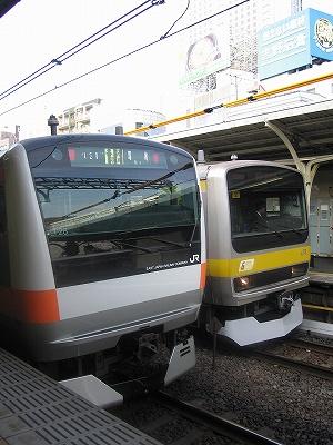 E231e233_suidobashi0811