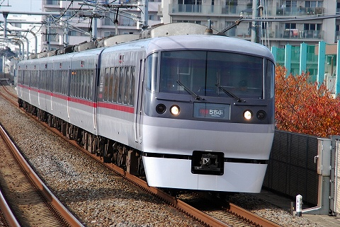 Seibu10000_nakamurabashi0811