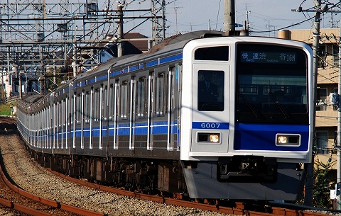 Seibu6000_nishitokorozawa08111