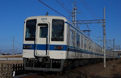 Tobu8000_fujinoushijima09021