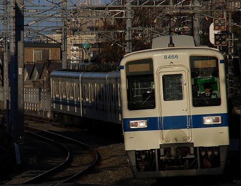 Tobu8000_toyoharu09028