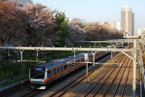 E233_higashinakano0904
