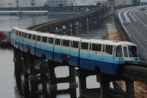 Tokyomonorail1000_shinagawaseaside0