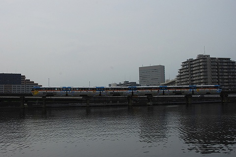 Tokyomonorail1000_sinagawaseaside5