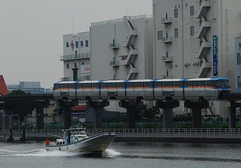 Tokyomonorail1000_sinagawaseaside_4