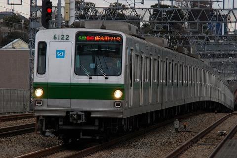東京メトロ6000系@喜多見