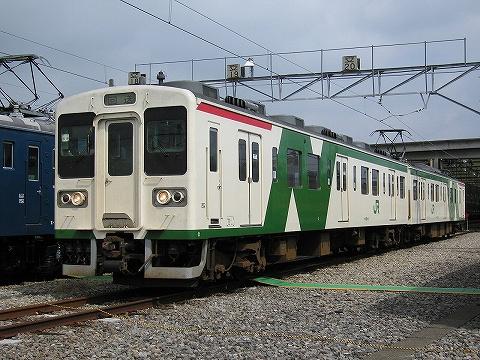 107系@小山車両センター'07.9