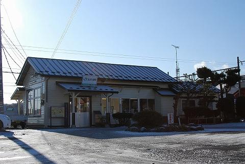品井沼駅舎