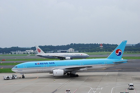 KEボーイング777-200&CAボーイング777@成田空港'10.7.3