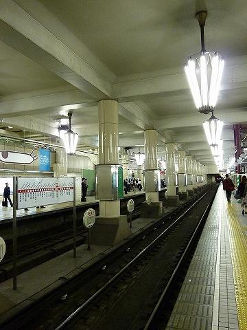 御堂筋線天王寺駅ホーム