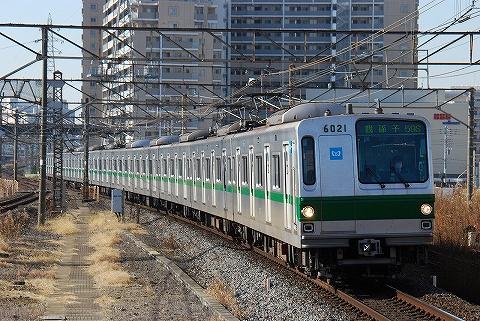 東京メトロ6000系@金町'11.1.9