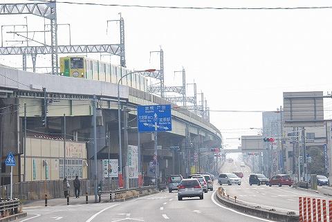 埼玉新都市交通1000系@加茂宮'11.2.6-2