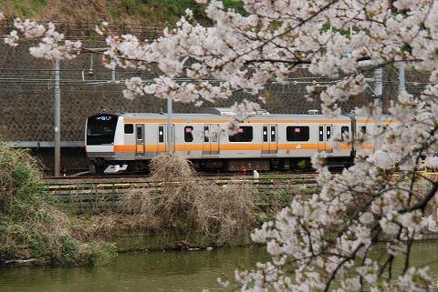 E233系@飯田橋'11.4.9