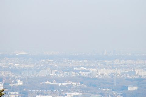 高尾山山頂からの眺め'12.2.4