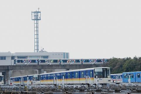 横浜新都市交通2000形@シーサイドラインフェスタ'12.3.24-2