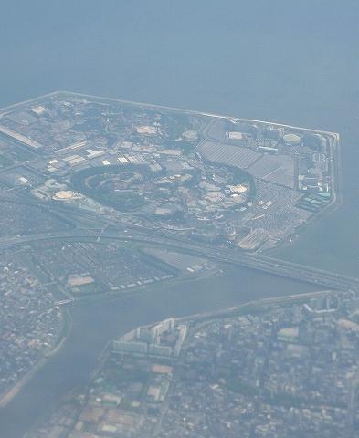 東京ディズニーランド上空