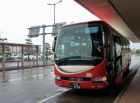 北陸鉄道バス@小松空港'12.6.9