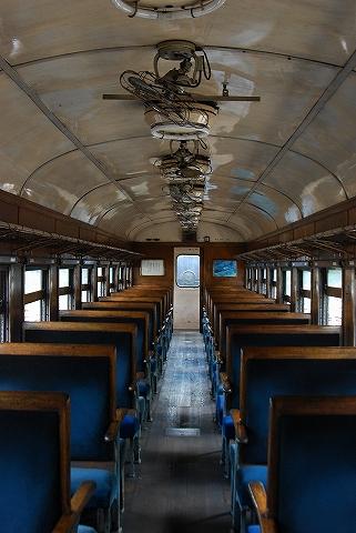 オハ35-435車内