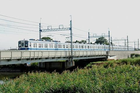 東武8000系@東岩槻'12.9.29‐1