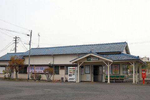 仁井田駅舎'13.4.20