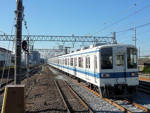 東武8000系@岩槻'13.12.1