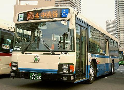旧塗装ラッピングバス@深川車庫'14.1.18-2