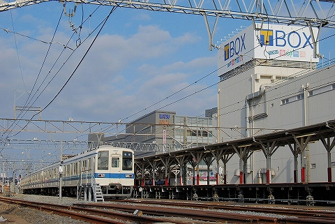 東武8000系@岩槻'14.2.23