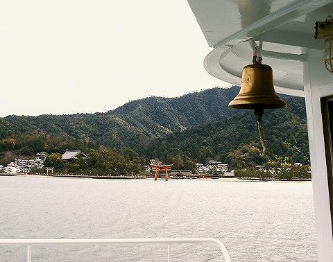 厳島神社@フェリー'14.2.12