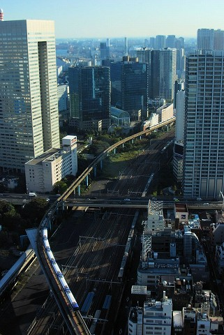 東京モノレール2000形@浜松町'15.10.12