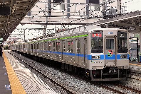 東武10000系@藤の牛島'16.4.23