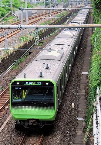E235系@大塚'16.5.27