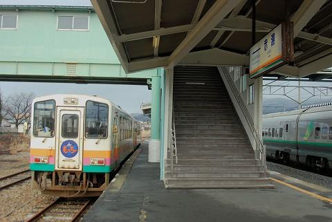 山形鉄道YR-880形@赤湯'16.1.9