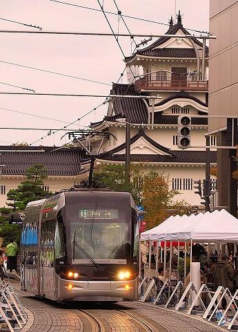 富山地方鉄道9000形@大手モール'17.10.15