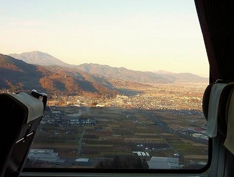 長野盆地@特急ワイドビューしなの13号車内'17.12.2