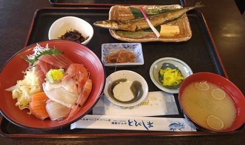 海鮮丼&サンマ塩焼き@さかた海鮮市場'18.3.11